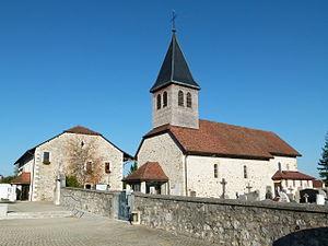 Prévessin-Moëns - Image: Rathaus und Kirche Prévessin Moëns