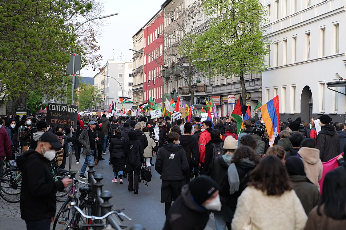 Revolutionary 1st may demonstration Berlin 2021 59.jpg