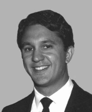 United States Senate election in New York, 2000 - After Giuliani withdrew in May 2000, lesser-known Long Island Congressman Rick Lazio took his place.