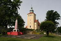 Rietschen - Kirchstraße - Soldatenfriedhof+Kirche 01 ies.jpg