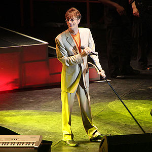 English: Robin Gibb in concert 2009 Mai Leipzi...