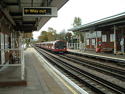 Roding Valley stn east