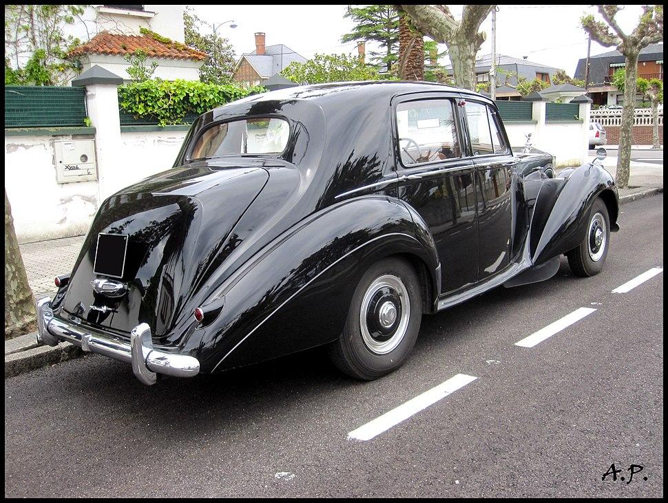 Rolls Royce Silver Dawn (4599505583)