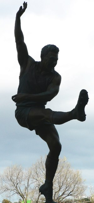 Ron Barassi - Statue of Barassi at the Parade of Champions, Melbourne Cricket Ground