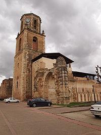 Ruinas del Monasterio de Sahagún, Leon.JPG