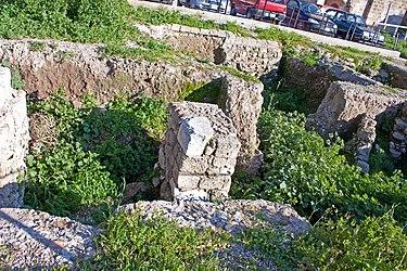 Ruins in Medieval Rhodes 2010 2.jpg
