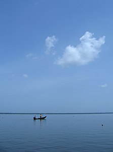 Scenes fom Vembanad lake en route Alappuzha Kottayam60.jpg