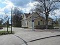 Sjövik station och bibliotek 20170430.jpg
