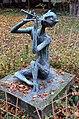 Skulptur Biesestr 9 (Zehld) Pan II Pan mit Doppelflöte 1962 Ursula Hanke-Förster.jpg