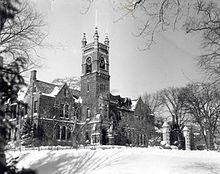 Smith College, College Hall.jpg
