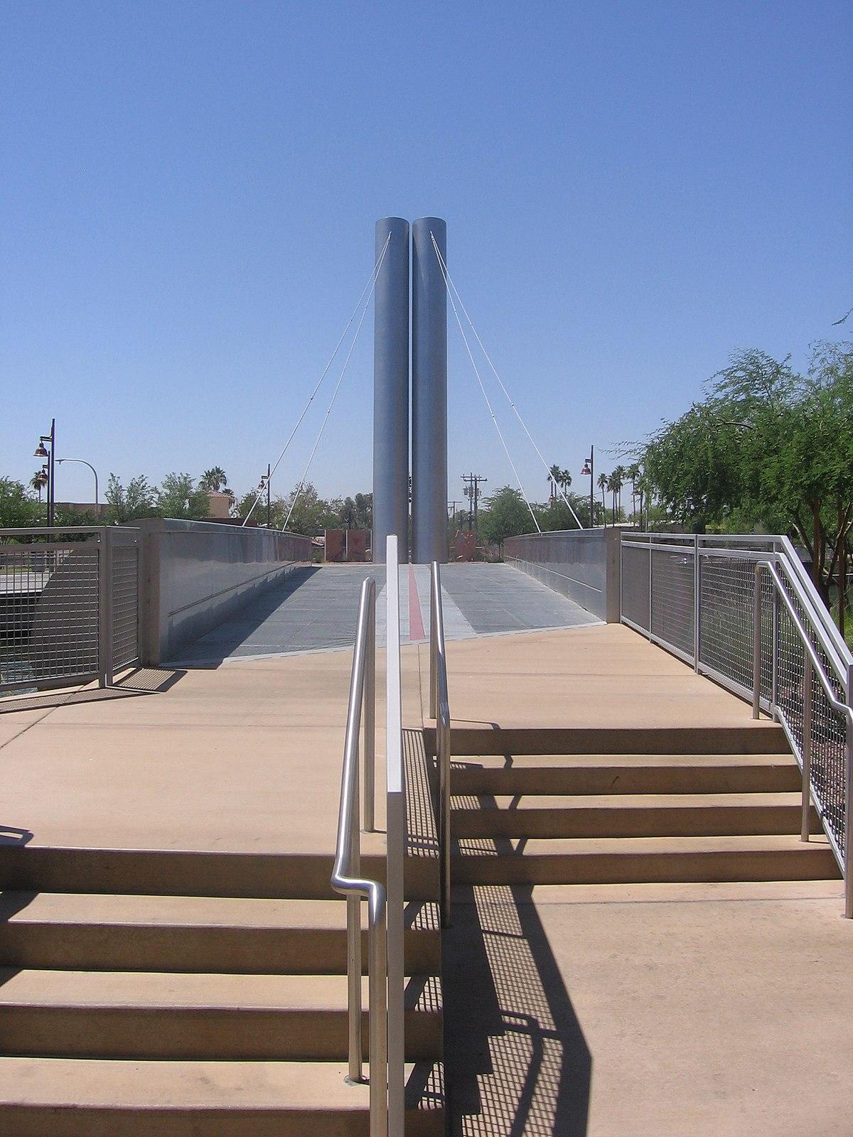 Soleri bridge Scottsdale 003.JPG