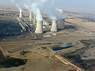 Arnot Power Station - Image: South Africa Mpumalanga Middelburg Arnot Power Station 01