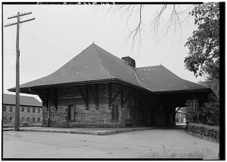 H. H. Richardson Historic District of North Easton - Image: Southeast view of the North Easton, Massachusetts railroad station, circa 1960