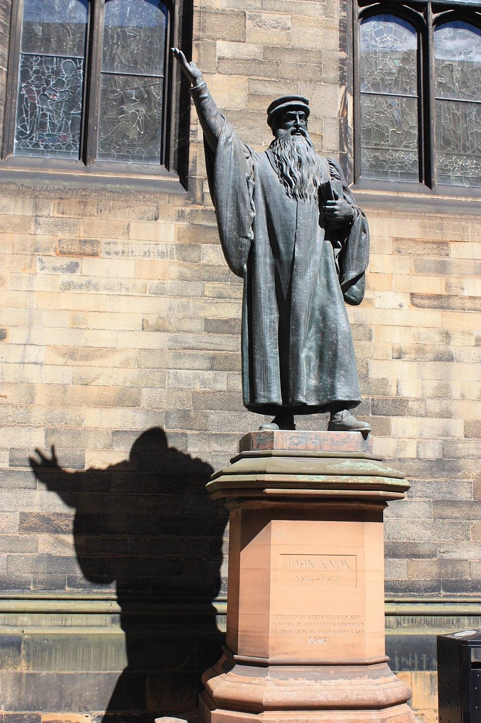 Statue of John Knox in New College Edinburgh
