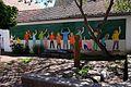 Steinmauern-12-gemalte Schulkinder-gje.jpg