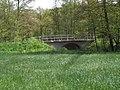 Straßenbrücke über den Erlbach beim Reiterhof Seelitz.jpg