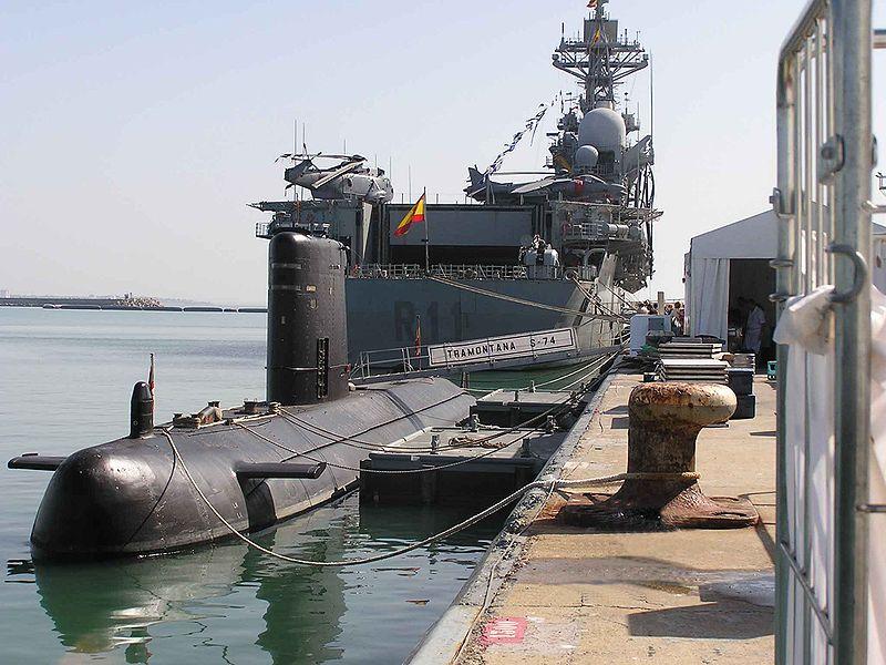 File:Submarine (S 74)-Tramontana.jpg