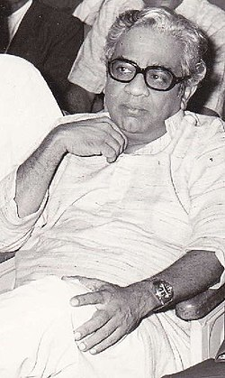 Suresh Joshi with P L Deshpandey (cropped).jpg