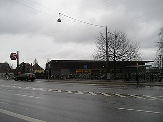 S-train - Svanemøllen Station, main entrance