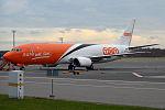 TNT Airways, OO-TNO, Boeing 737-49R SF (15833955764) (2).jpg