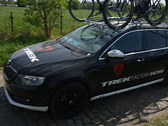 Team car Trek Factory Racing-ParisRoubaix2014.JPG