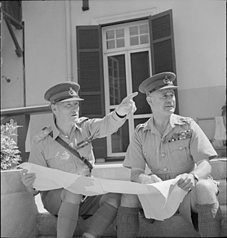 Claude Auchinleck - General Sir Archibald Wavell, Commander-in-Chief India and General Sir Claude Auchinleck, Commander-in-Chief Middle East, 8 September 1941.