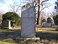 The Family Plot of Damon Runyon in Woodlawn Cemetery.JPG