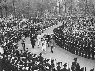 1939 royal tour of Canada - George VI and his royal consort, Queen Elizabeth, walking through Queen's Park, Toronto, May 1939