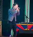 Thom Yorke singing.jpg