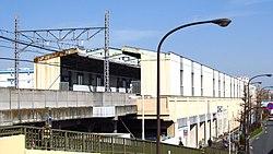 Toei-subway-I27-Nishi-takashimadaira-station-building-20200321-142614.jpg