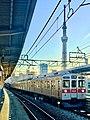 Tokyu Series 8500 and Series 2020 with TOKYO SKYTREE.jpg