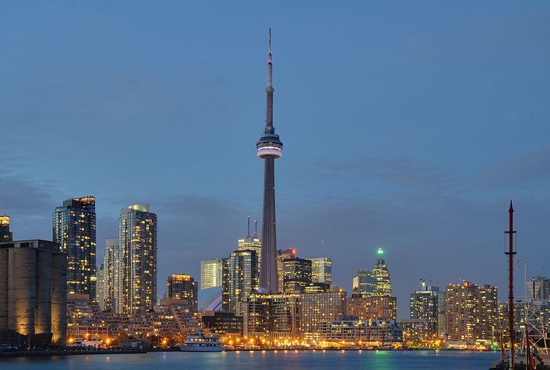 File:Toronto - ON - Skyline10.jpg