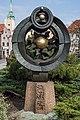Torun pomnik Helios 500 urodzin Kopernika 03.jpg