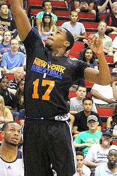 Toure Murry Knicks Summer League 2013.jpg