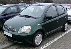 Toyota Yaris I przed face liftingiem