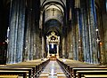 Trento Cattedrale San Vigilio Vescovo Innen Langhaus Ost 3.jpg