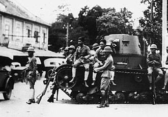 Siamese revolution of 1932 - Troops on the street during the revolution.