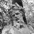 Tuinbeeld- riviergod, detail - Amsterdam - 20280998 - RCE.jpg