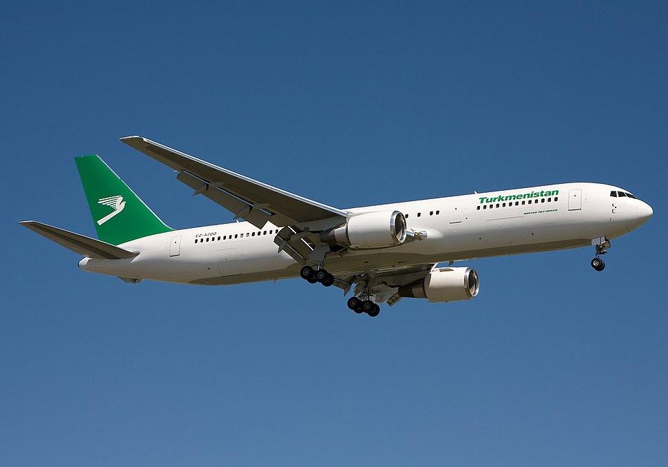 Turkmenistan Boeing 767-300ER Simon-1