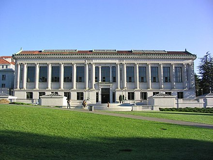 Doe Memorial Library, the main library of the University of California, Berkeley Libraries UCB-University-Library.jpg