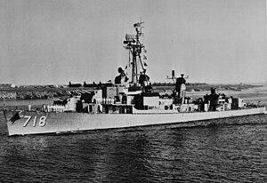 USS Hamner (DD-718) off North Island, circa in the mid-1950s