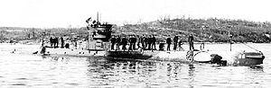 USS R-9 (SS-86) - Image: USS R 9 (SS 86)