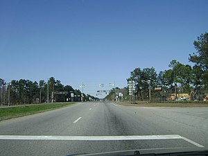Georgia State Route 7 - Intersection of US 41/US 221/SR 7/SR 31 with US 84/SR 38 on the east side of Valdosta.