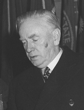 Taoiseach - Image: US visit of Taoiseach Costello in 1956 (cropped)