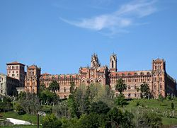 Universidad Pontificia (Comillas).jpg