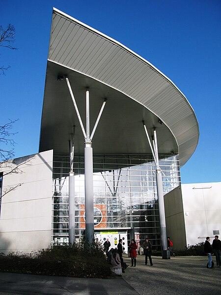 File:Université Rennes2 batiment langues.JPG