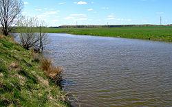 Река уть в среднем течении