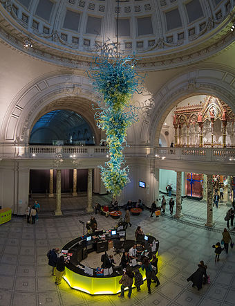 In 2000, an 11-metre high, blown glass chandelier by Dale Chihuly was installed as a focal point in the rotunda at the V&A's main entrance. V&A Museum Foyer, London - Oct 2012.jpg