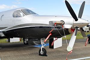 Pilatus PC-12 - Pratt & Whitney PT6 turboprop nose installation and 4 blade propeller