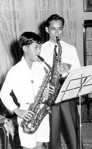 Music of Thailand - The late king Bhumibol Adulyadej and his son king Vajiralongkorn playing saxophone